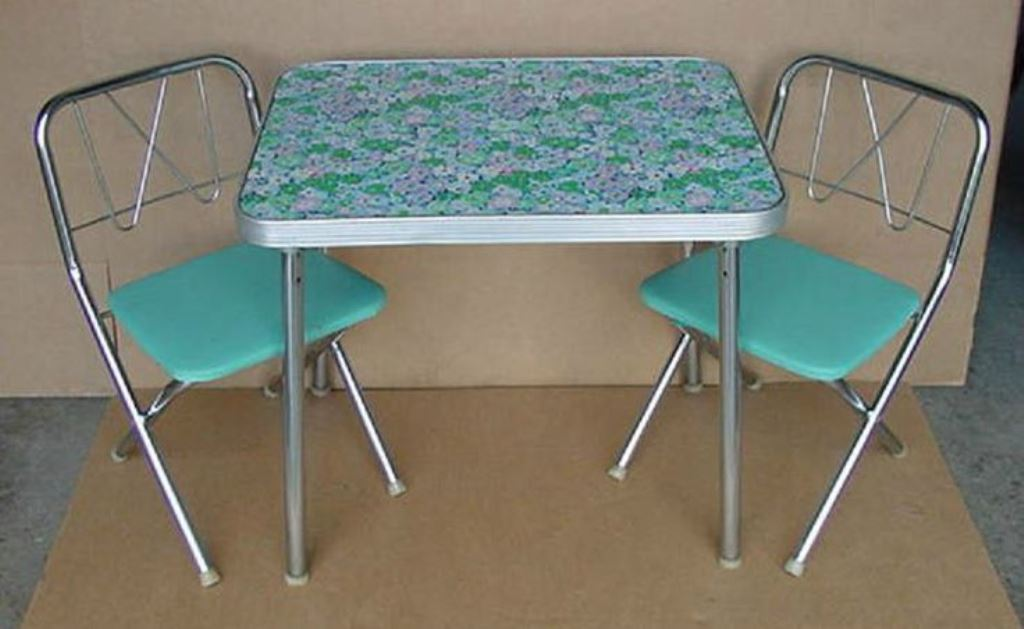 Green Children Folding Table And Chairs
