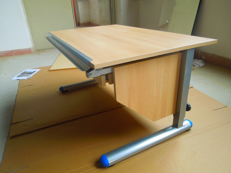 Picture of: Kids drafting table design