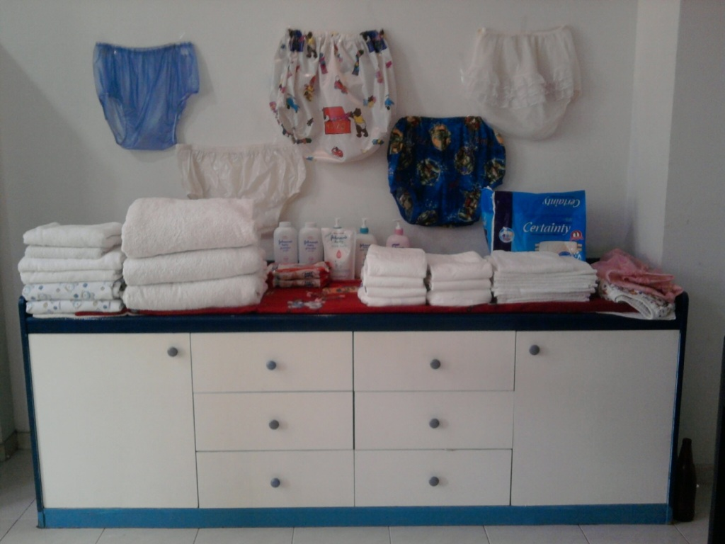 Picture of: Large Diaper Changing Table