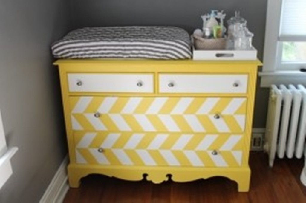 Image of: Mirrored Dresser changing Table