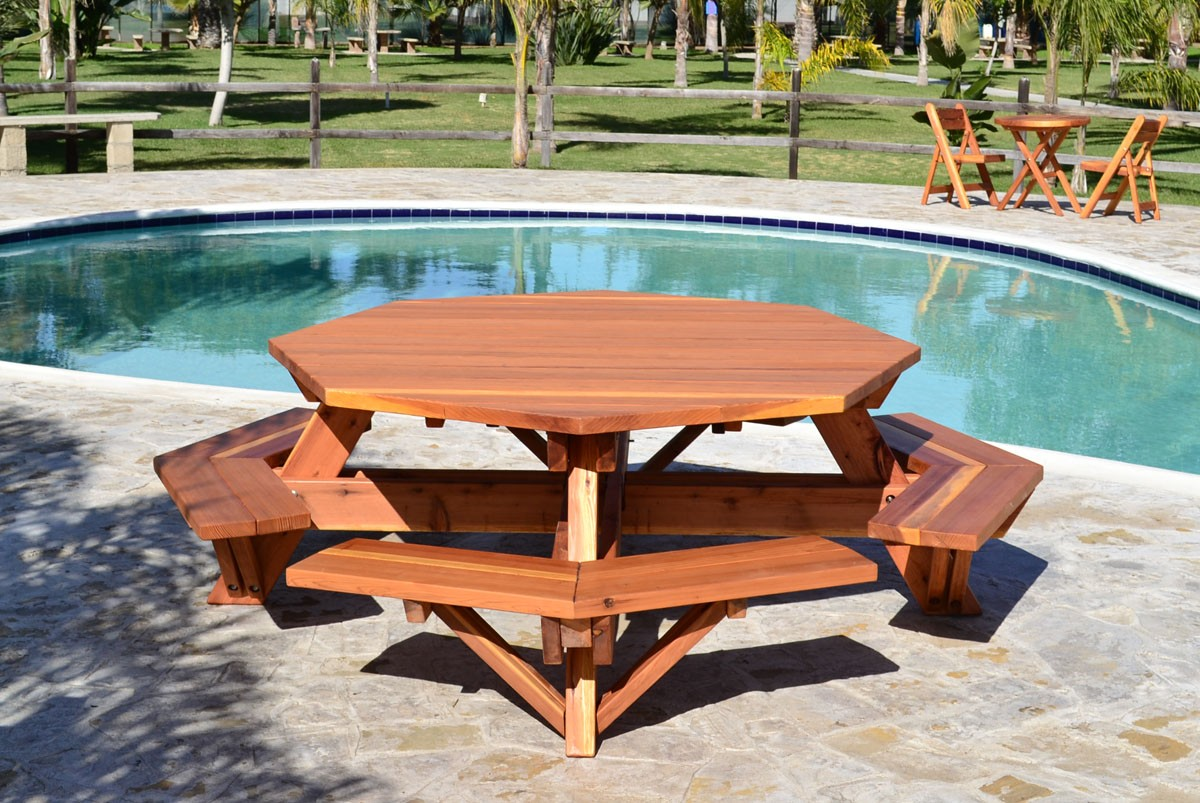 Picture of: Octagon Patio Table Ideas