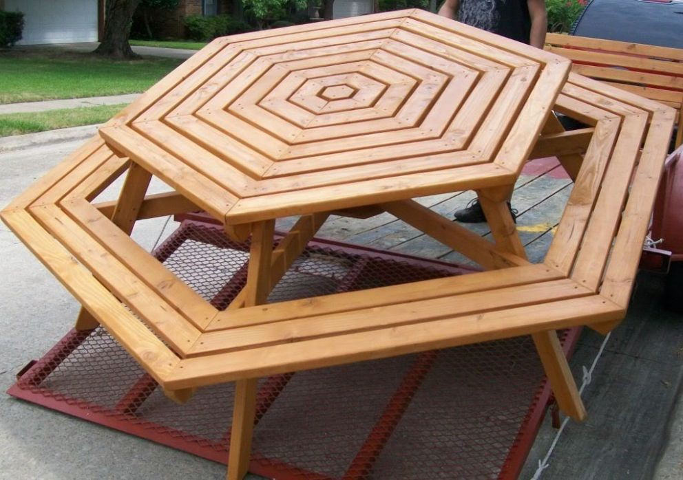 Image of: Octagon Patio Table Luxury