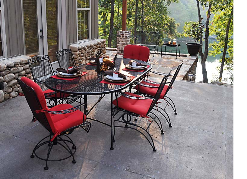 Image of: Oval Patio Table Set Furniture
