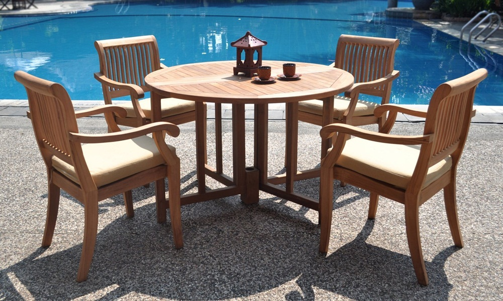 Image of: Oval Teak Patio Table