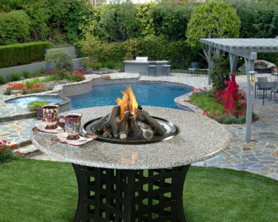 Image of: Patio Fire Table Burning Wood