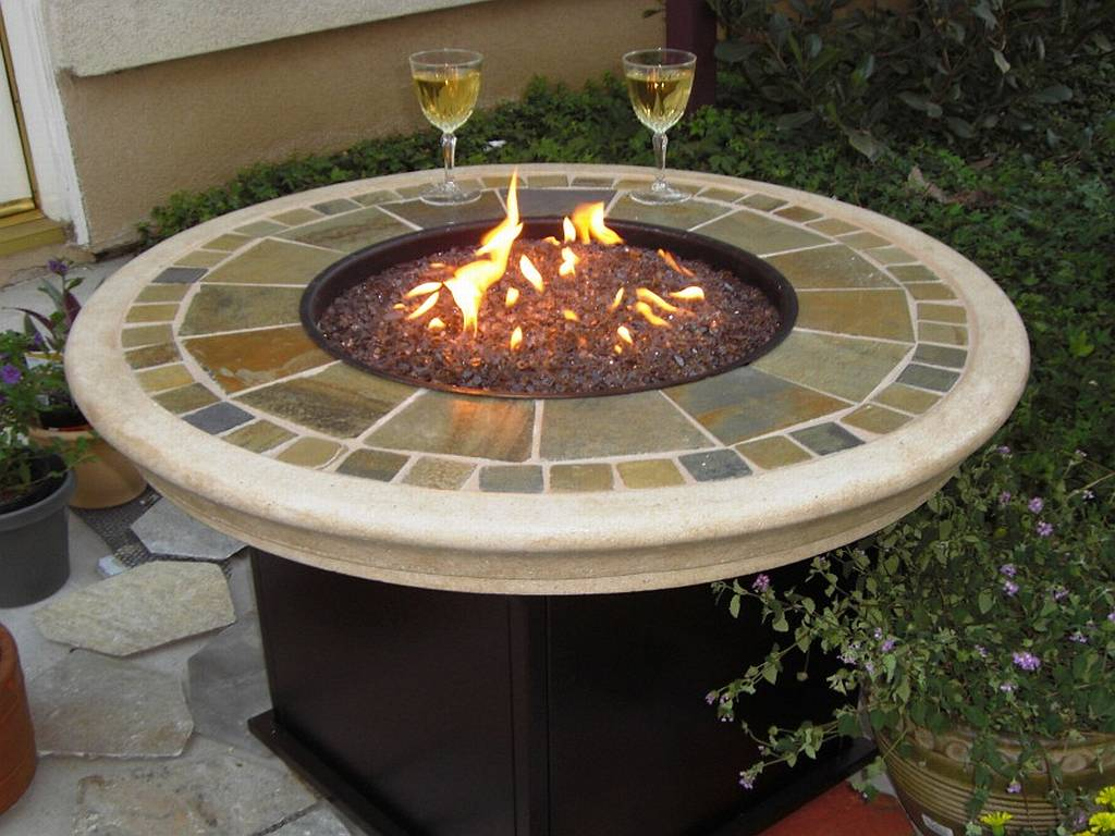 Image of: Patio Fire Table Circle