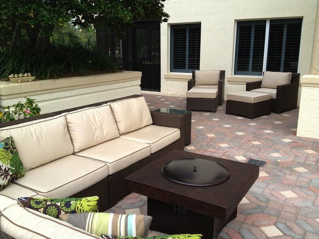 Picture of: Patio Furniture with Fire Pit Tables Design