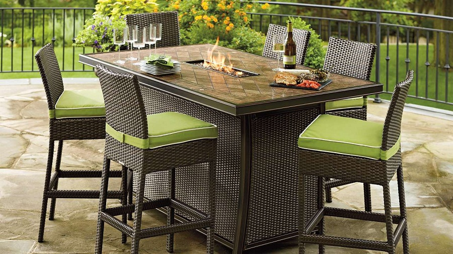 Picture of: Rectangle Patio Dining Table Fire Pit