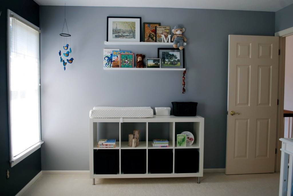 Picture of: Stylish Diaper Changing Table