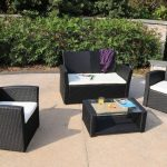 Top Resin Patio Table