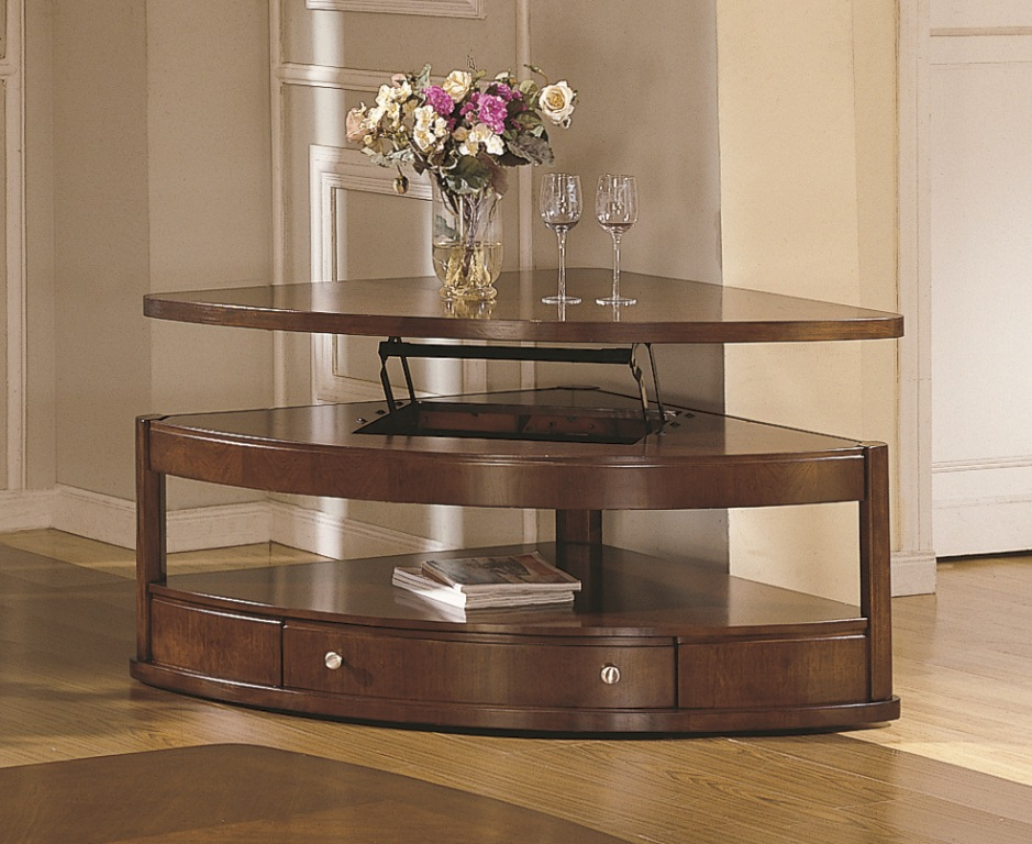 Image of: Classic Wedge End Table