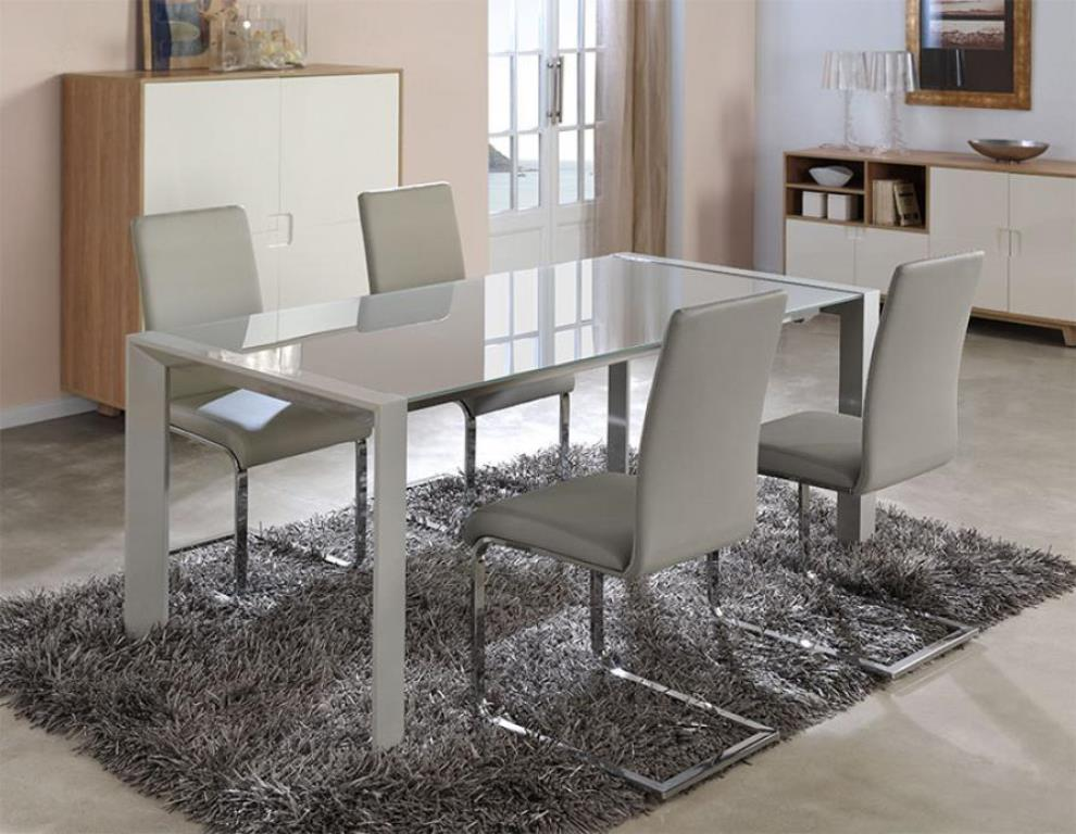 Picture of: Clear Glass and Chrome Dining Table