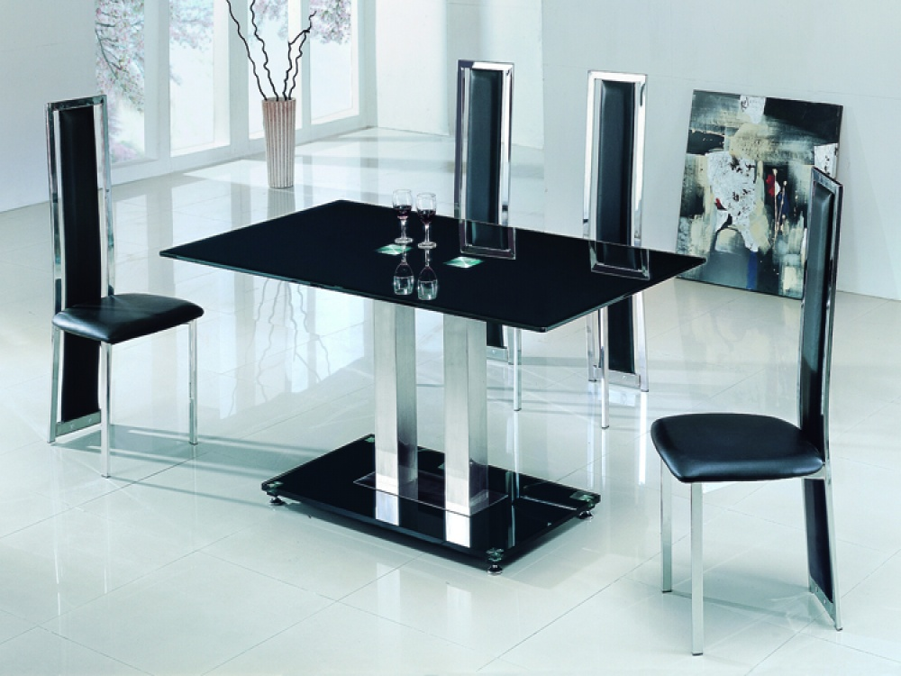 Picture of: Glass Breakfast Table Black
