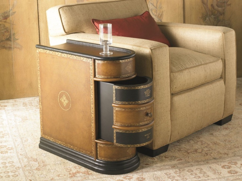 Image of: Wedge End Table with Drawer