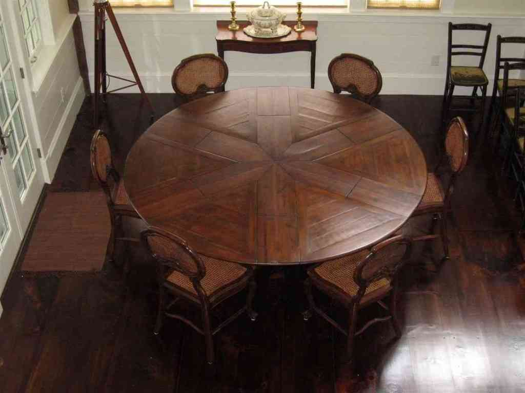 Picture of: awesome reclaimed wood round dining table