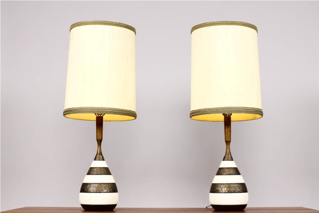 Picture of: mid century table lamp idea