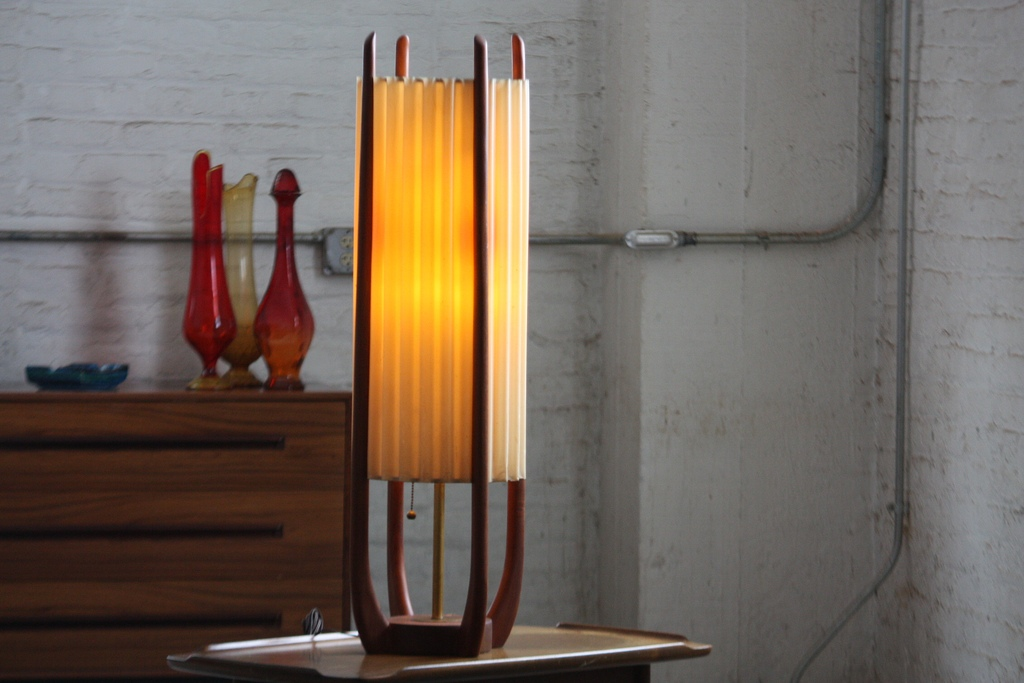 Picture of: mid century table lamp shade