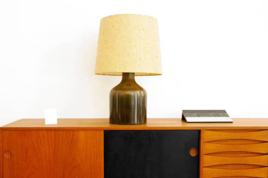Picture of: modern mid century table lamp