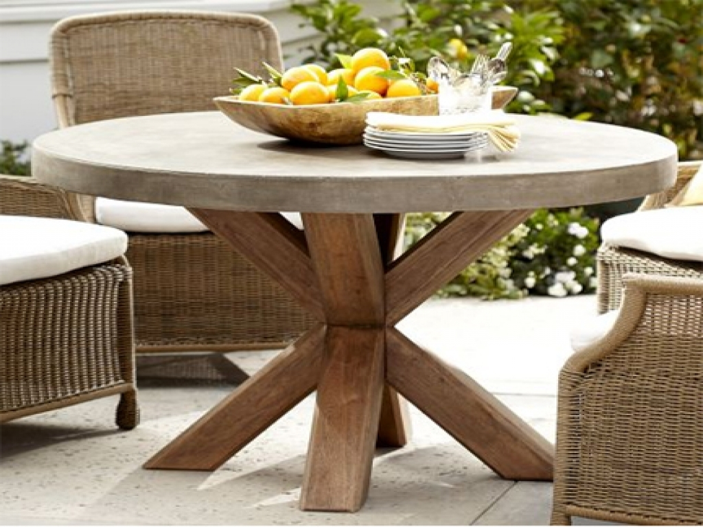 Image of: reclaimed wood round dining table outdoor
