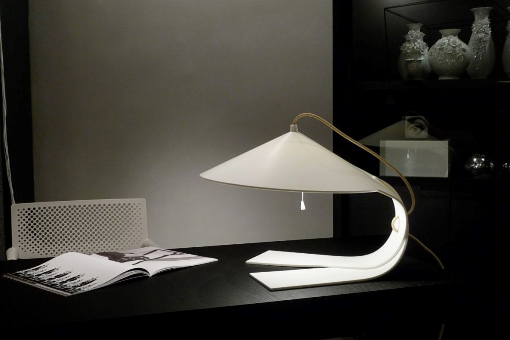 Image of: simple unique table lamps