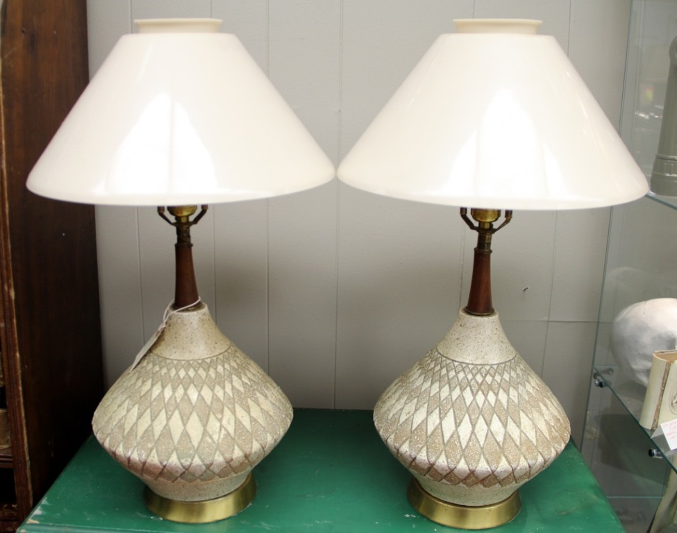 Picture of: vintage mid century table lamps