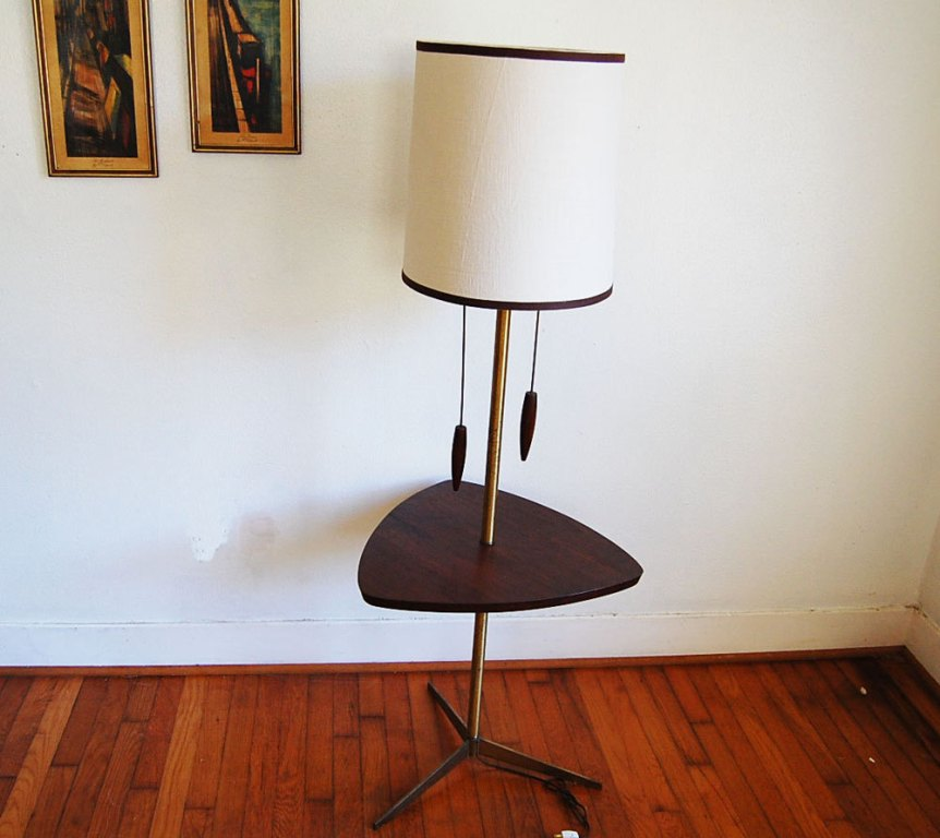Picture of: Stylish Floor Lamp with Table