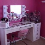 Makeup Vanity Table With Lights Flickering