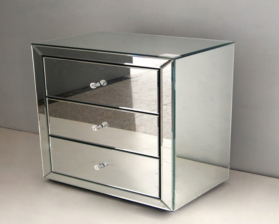 Picture of: Mirrored End Table With Drawers