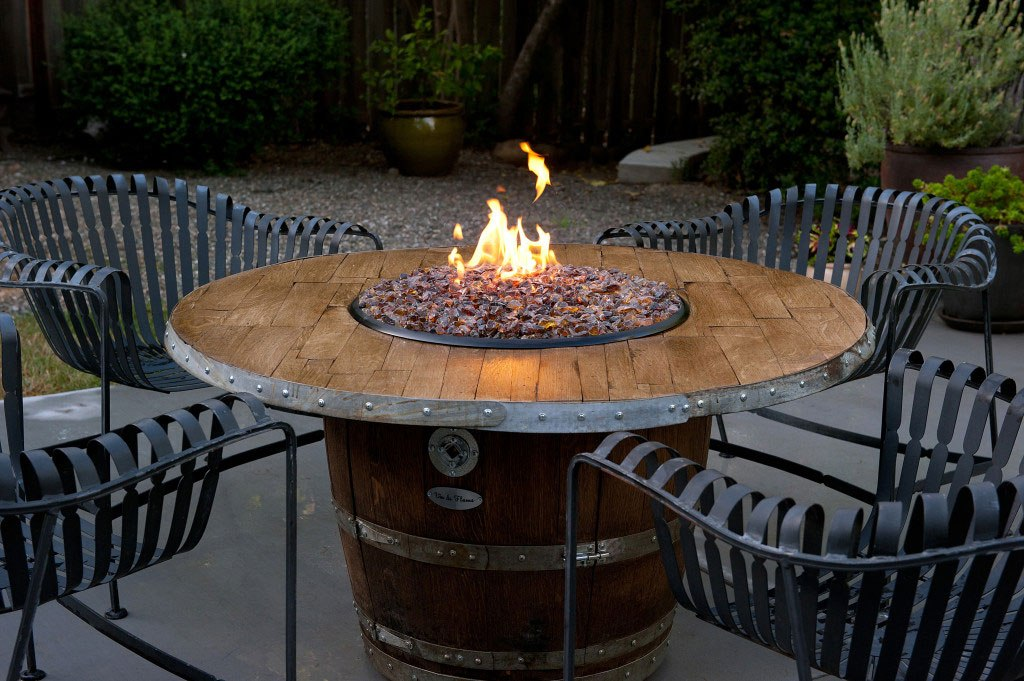 Image of: Best Fire Pit Dining Table Set