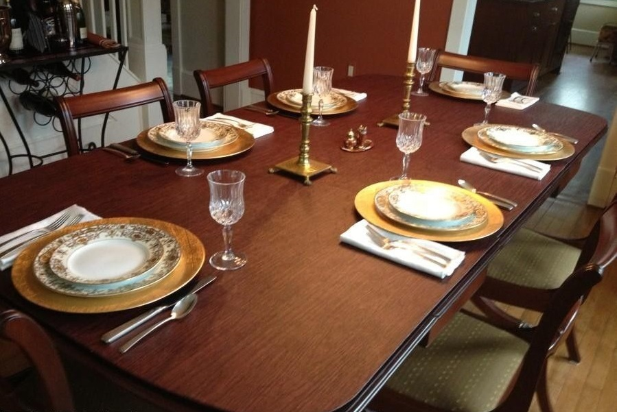 Picture of: Decor Dining Room Table Protector