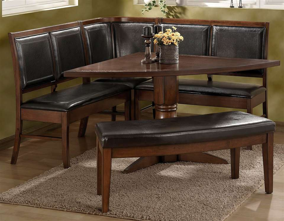 Image of: Leather Nook Dining Table Set