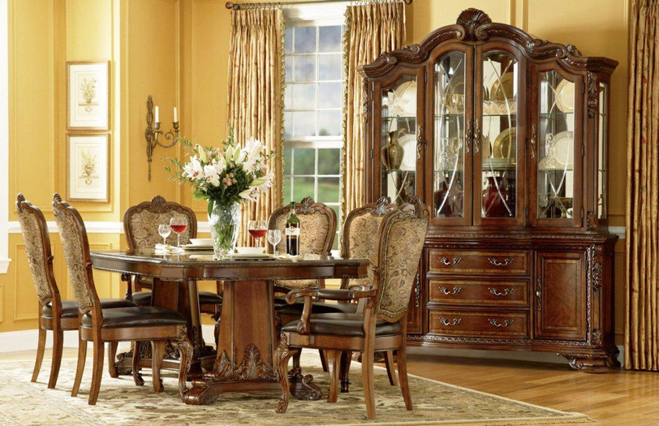 Image of: Luxury Thomasville Dining Table