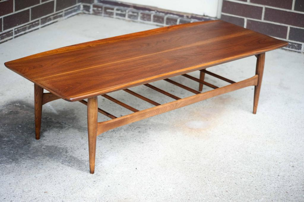 Image of: Mid Century Modern Table Design