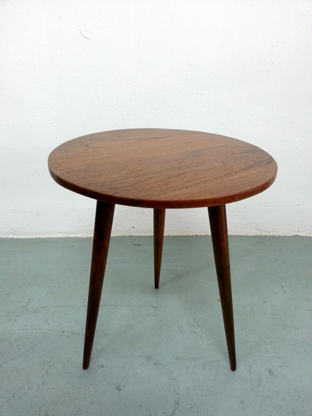 Image of: Nice Mid Century Coffee Table