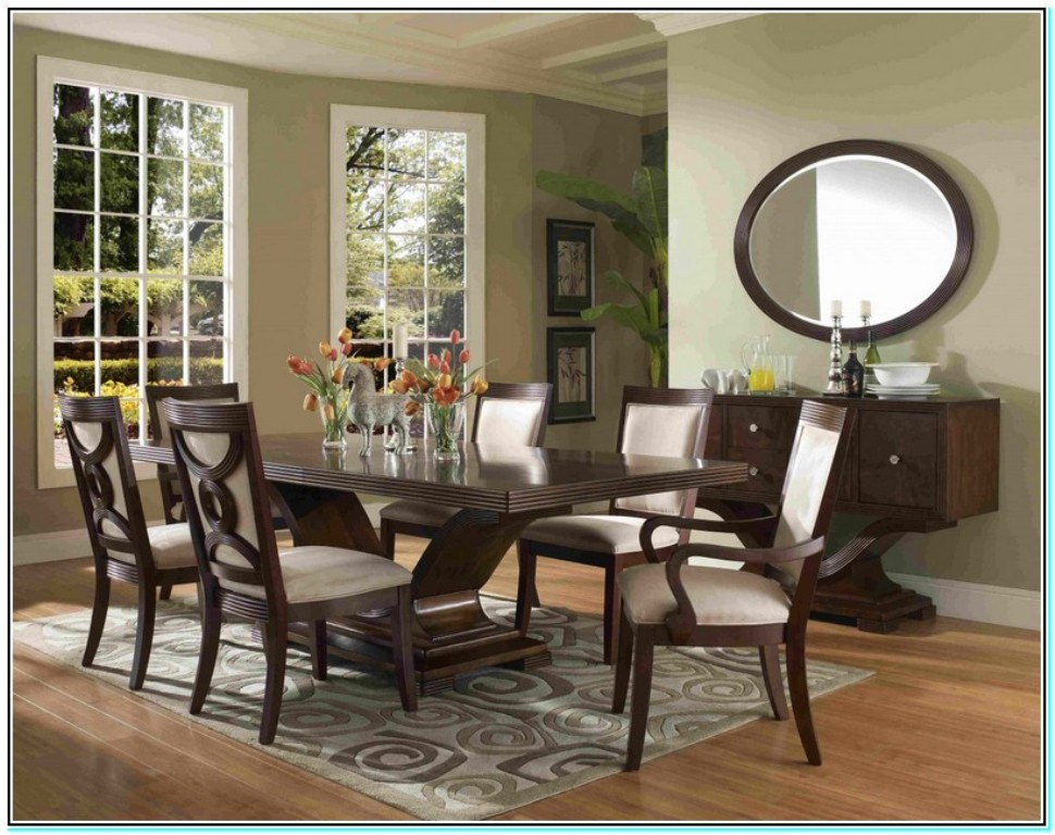 Image of: rooms to go dining tables and chairs