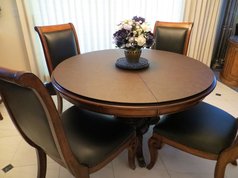Picture of: Round Dining Room Table Protector