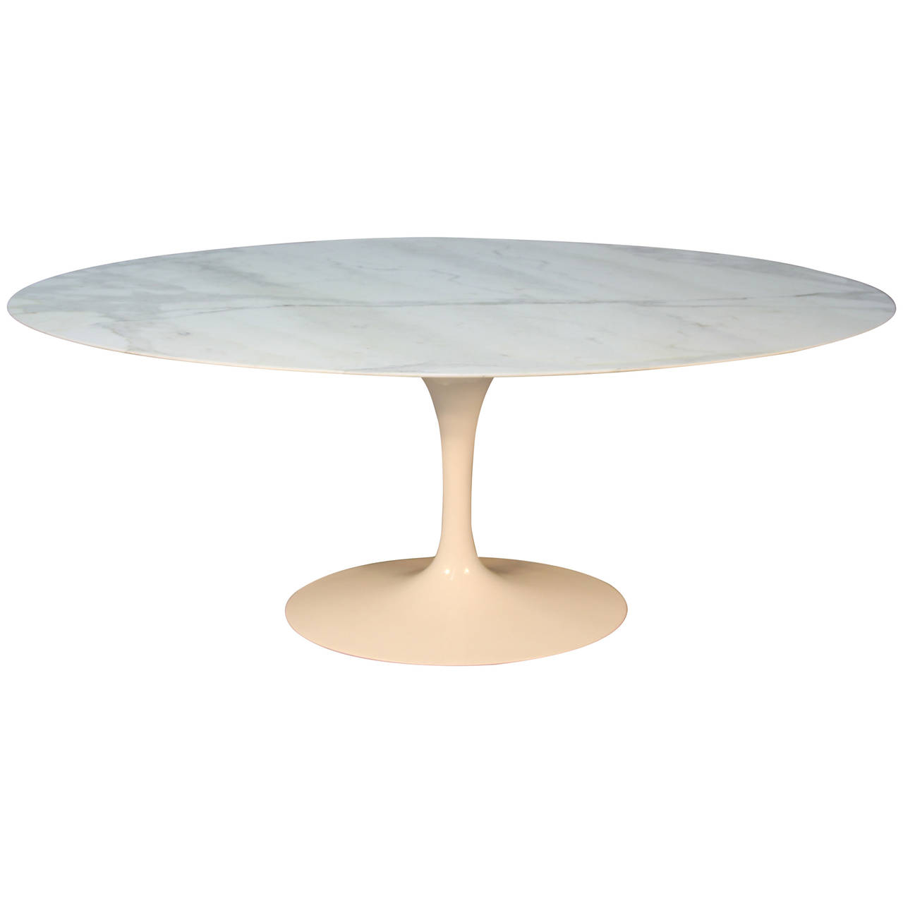 Picture of: Saarinen Oval Dining Table Design