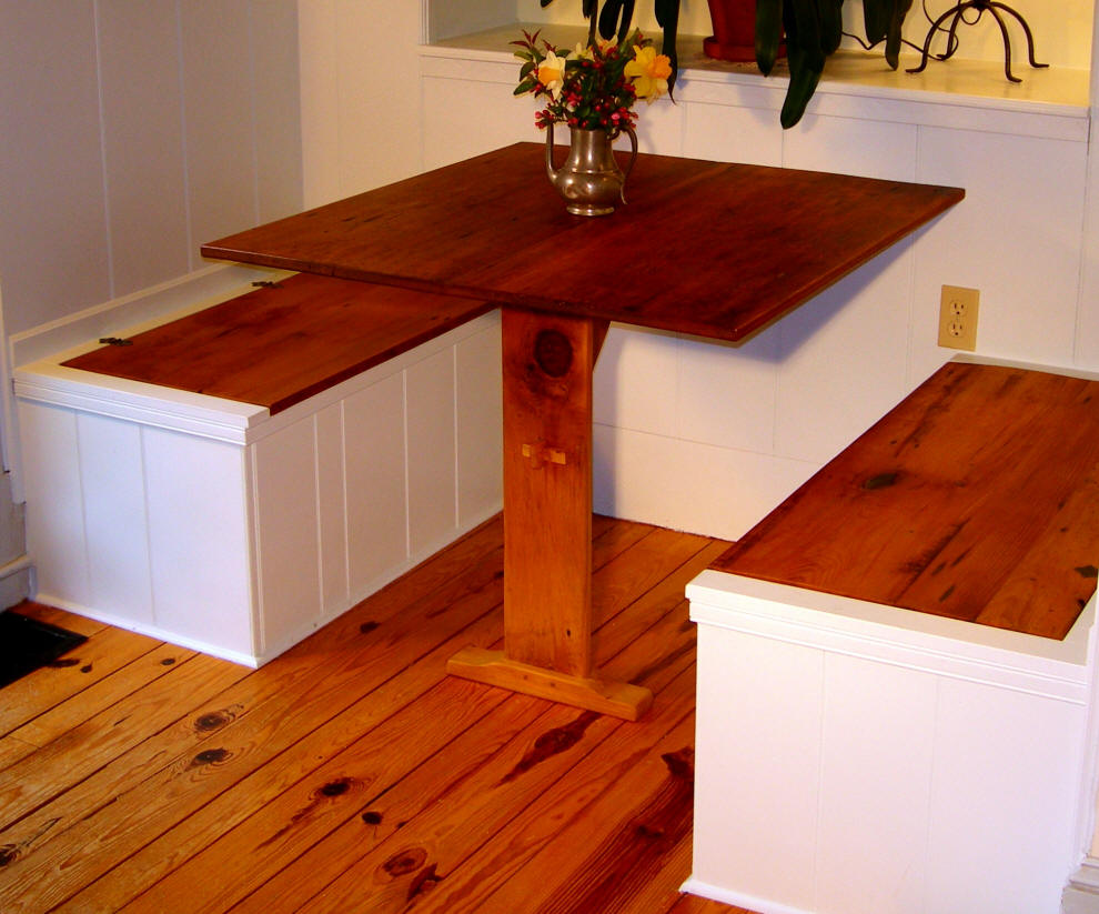 Image of: Small Nook Dining Table Set