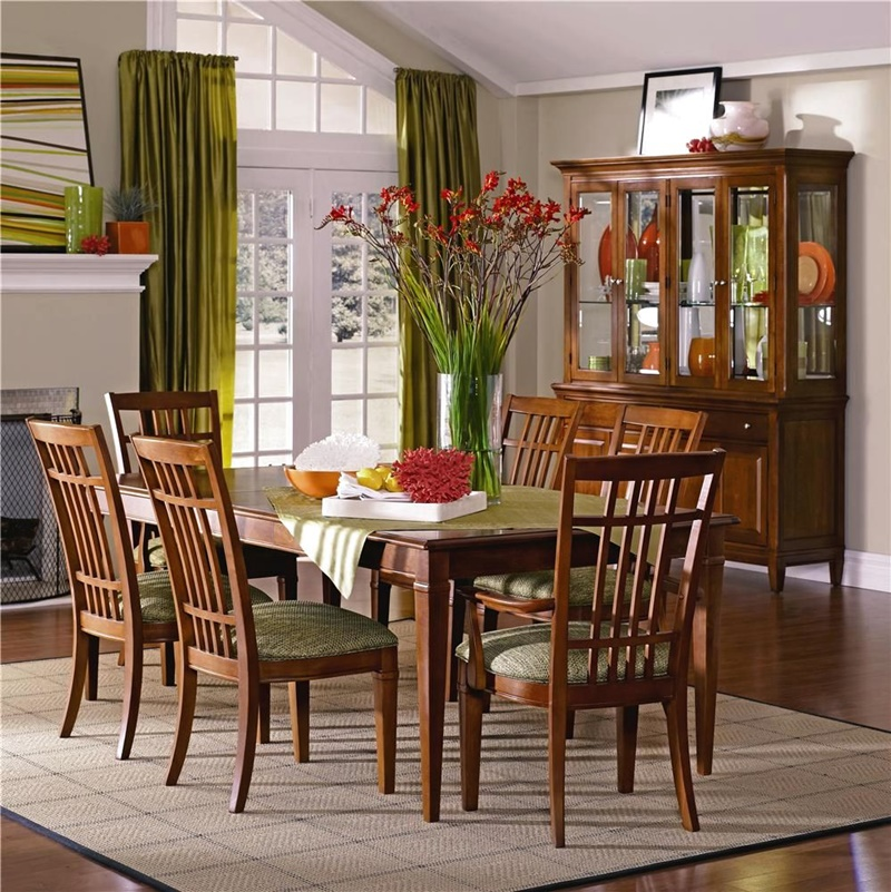 Image of: Thomasville Dining Table Designs