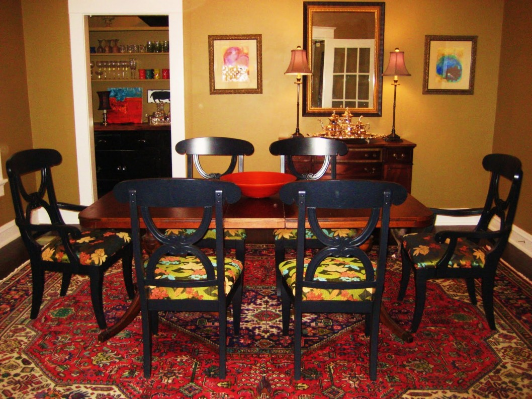 Picture of: Vintage rug under dining table