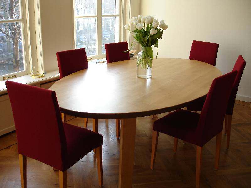 Image of: Wooden Oval Dining Room Table