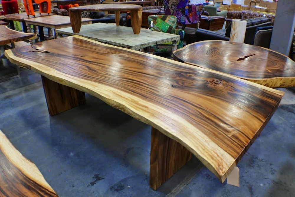 Image of: Acacia Wood Round Dining Table