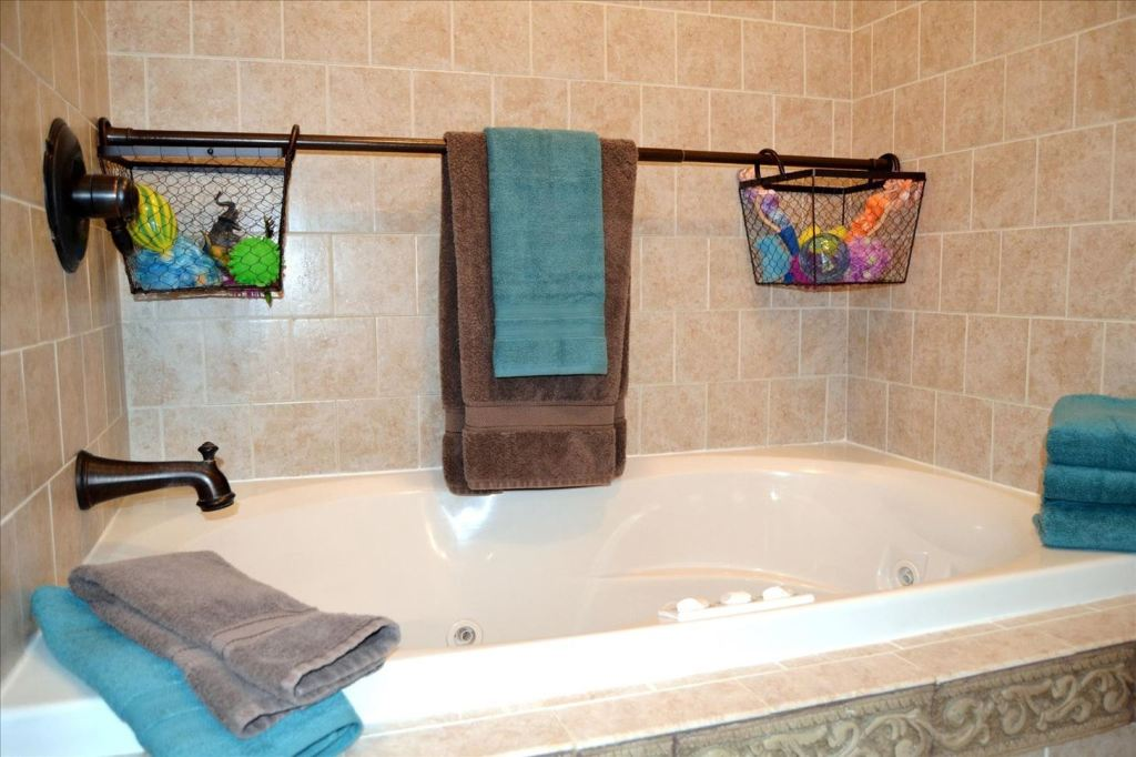 Image of: adjustable shower curtain rod style