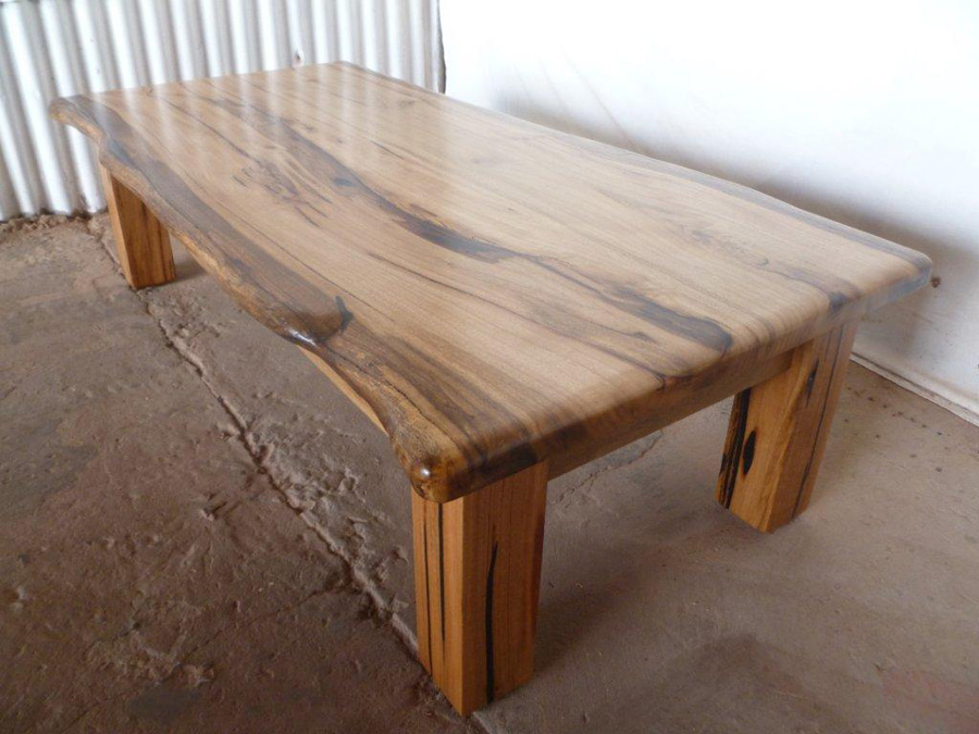 Picture of: Amazing Reclaimed Wood Table