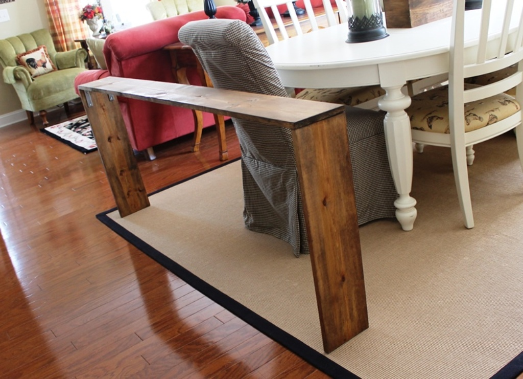 Image of: Amazing Skinny Sofa Table