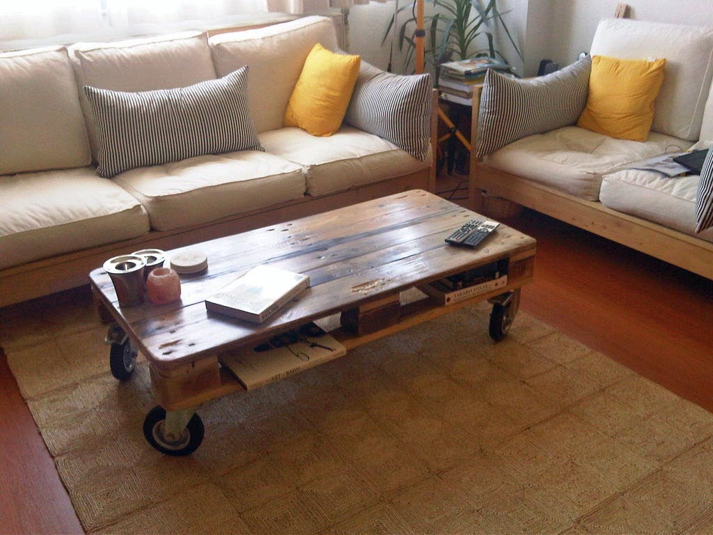 Image of: Barn Wood Coffee Table Plans