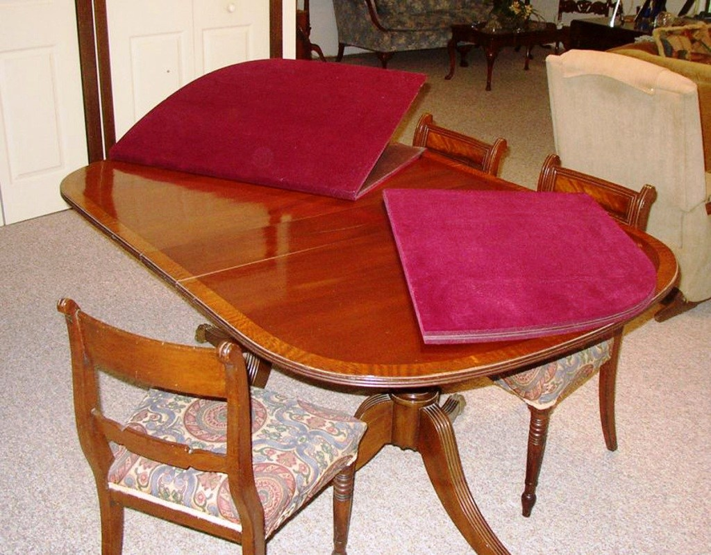 Image of: Beautiful Pads for Dining Room Table