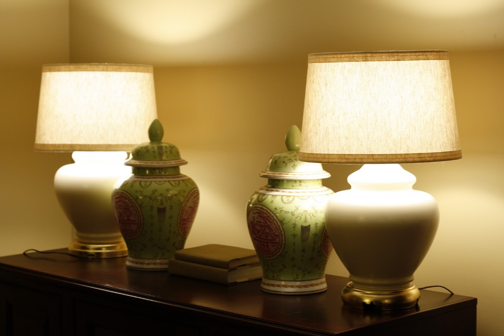 Picture of: Bronze Table Lamps Antique