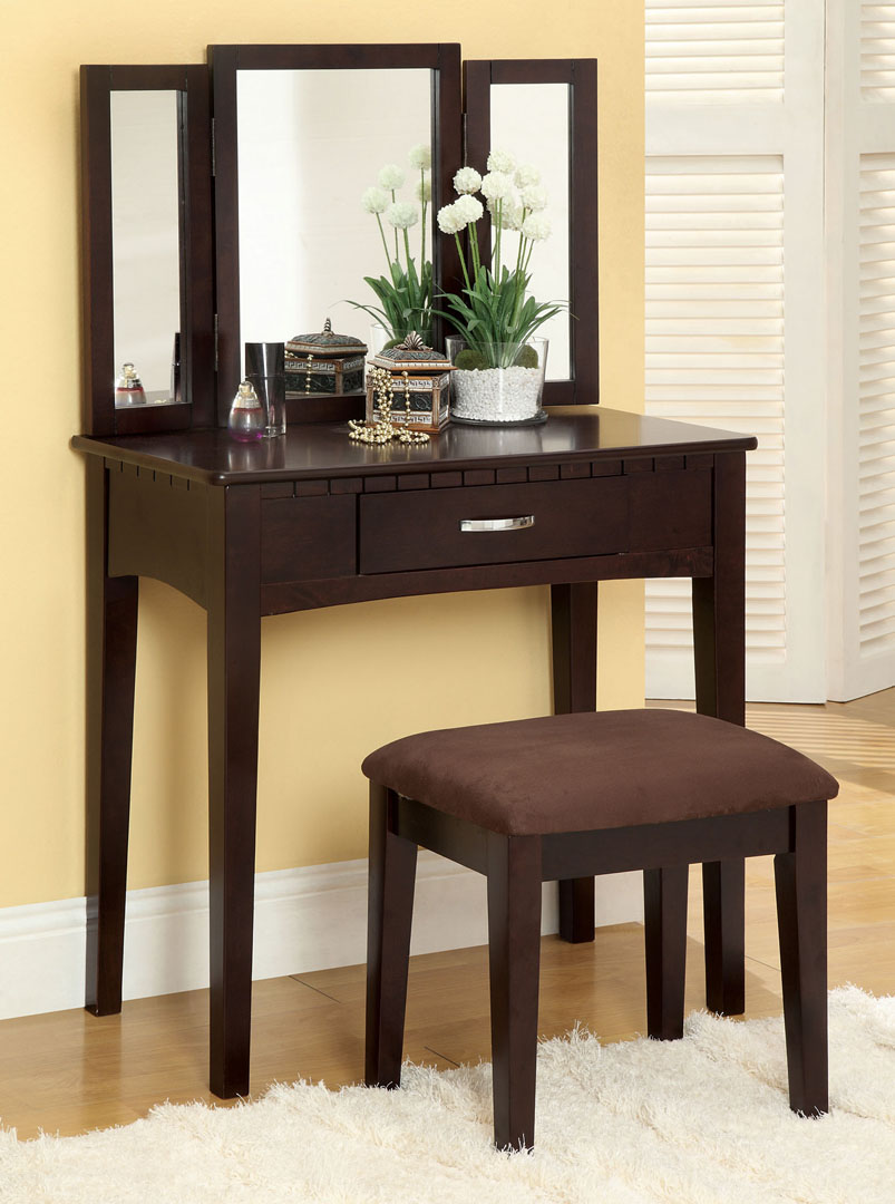 Image of: Brown makeup vanity table