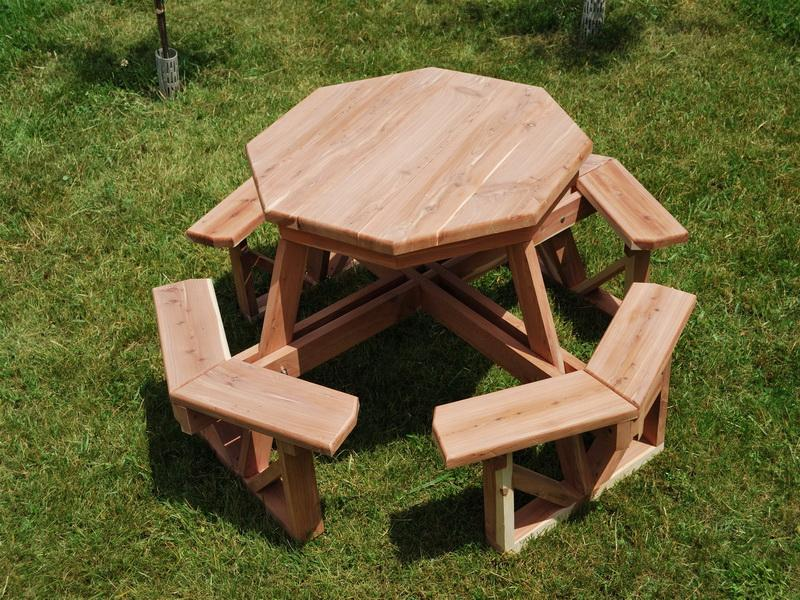 Picture of: Build DIY Picnic Table Ideas